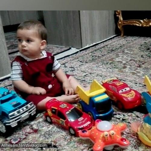 چهارده ماهگی علی حسام