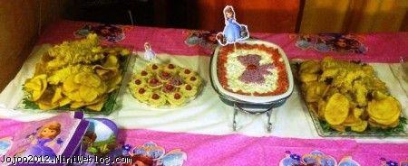 تم تولد پرنسس صوفیا در جشن تولد ویانا PRINCCES SOFIA تریین میز شام تولد