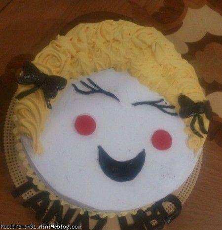 کیک-شیرینی و ژله های ارسالی دوستان