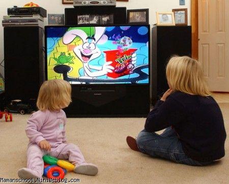 نقش تلویزیون در تربیت کودکان